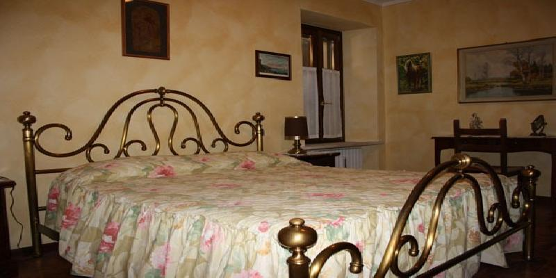 La Camera: Bed and Breakfast cascina alle rose